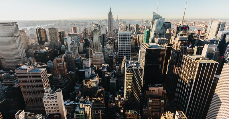 Nueva York dará acceso gratuito a energía solar comunitaria a 10.000 habitantes