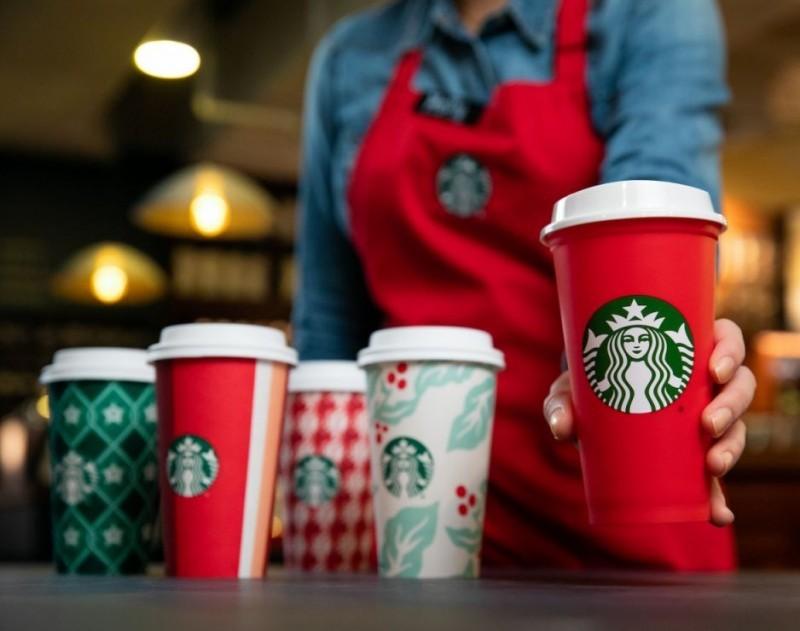 Starbucks usará electricidad 100% renovable en más de 300 tiendas en Illinois