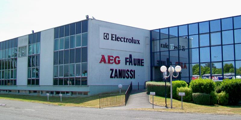 Fábrica de Electrolux. De P.poschadel - Trabajo propio, CC BY-SA 2.0 fr, https://commons.wikimedia.org/w/index.php?curid=15270767