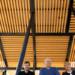 Pérgolas solares de autoconsumo abastecen de energía limpia el alumbrado de un parque de Valencia