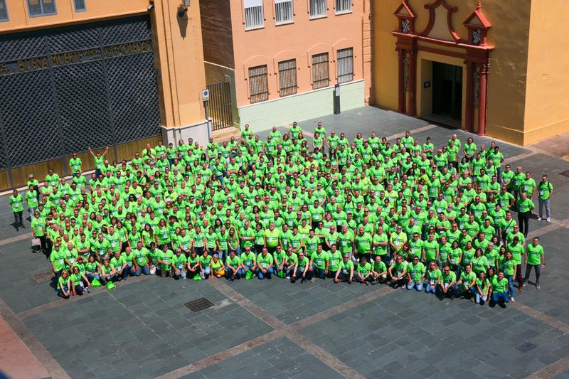 Foto de familia de los asistentes a la V Convención de Ventas de Feníe Energía.