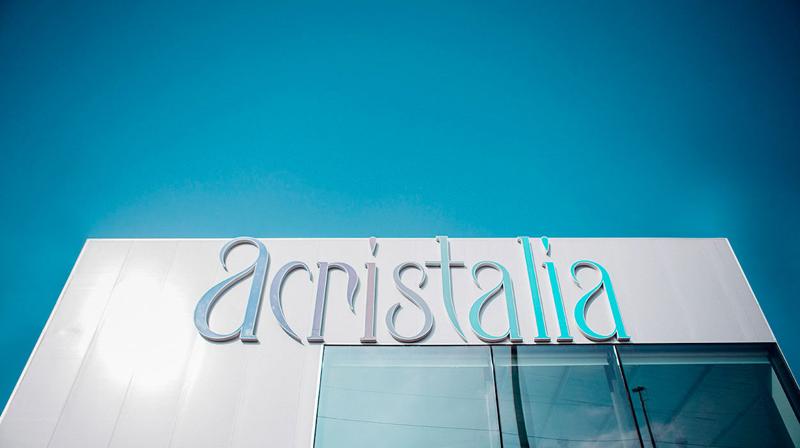 Fachada y logo de Acristalia.