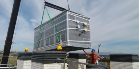 Equipos roof top de Adisa Heating para climatizar un complejo residencial con los máximos ahorros energéticos