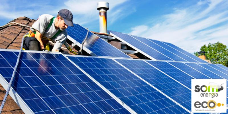 Paneles solares sobre tejado.