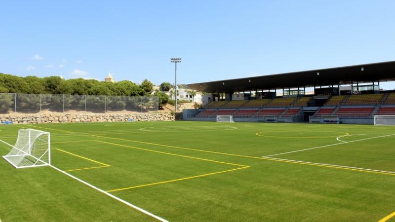 El Ayuntamiento de Estepona finaliza la redacción del plan de eficiencia energética para cuatro instalaciones deportivas.