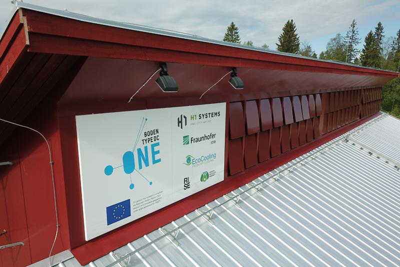 Un consorcio paneuropeo formado por el especialista en ingeniería de centros de datos húngaros H1 Systems, el proveedor de refrigeración con sede en el Reino Unido EcoCooling, el instituto de investigación alemán Fraunhofer IOSB, RISE SICS North y los desarrolladores de infraestructura Boden Business Agency, se han unido para diseñar y validar un concepto a prueba de futuro.