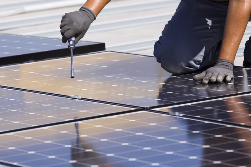 Las ayudas para instalar autoconsumo fotovoltaico en pymes de las Islas Baleares han contribuido al ahorro energético.