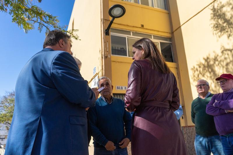 Nuevos trabajos de mejora en la iluminación y de transformación energética en la barriada Puerto de Palos y en la plaza Victoria Eugenia