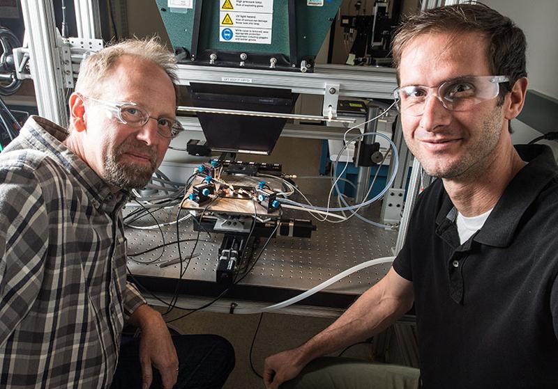 Científicos de Estados Unidos fabrican una célula solar que alcanza casi el 50%.