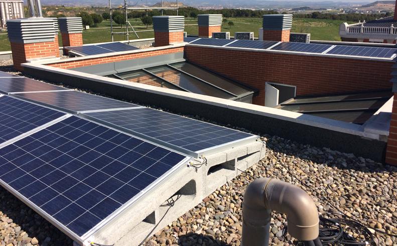 Una comunidad de vecinos de Logroño producirá hasta 12.000 kwh anuales con una instalación fotovoltaica de autoconsumo compartido.
