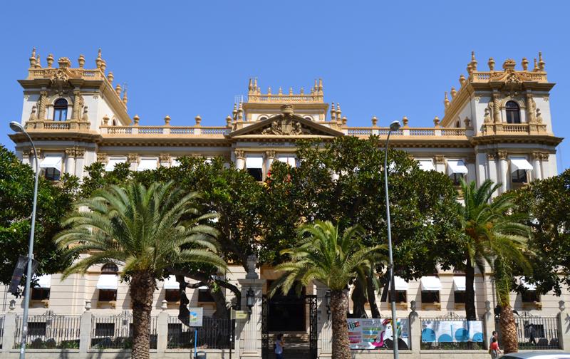 La Diputación ofrece a los ayuntamientos un contrato marco de electricidad 100% renovable para ahorrar energía y costes