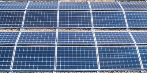 Benidorm instalará placas fotovoltaicas en ocho colegios y varios edificios públicos