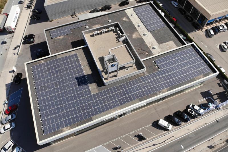 Benigar Automoción apuesta por la energía 100% verde en sus concesionarios Fersan y Móvil Begar