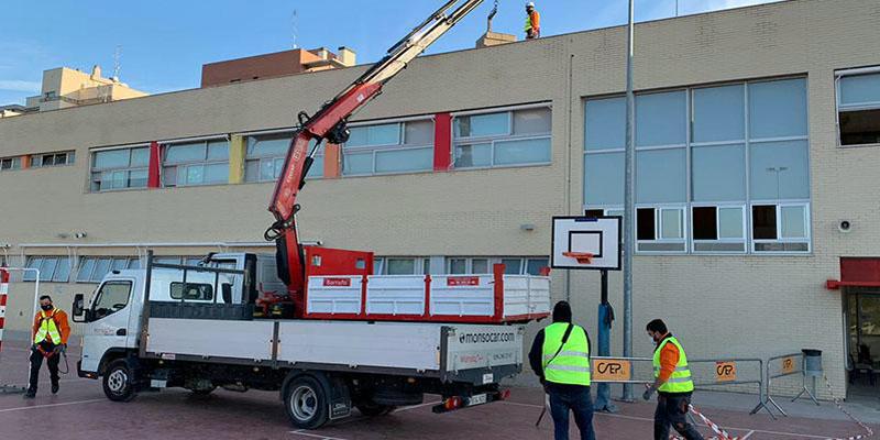 Comienza la instalación de plantas solares fotovoltaicas en cinco centros educativos de Paterna