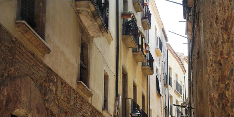 edificio antiguo en cataluña