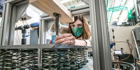 El NREL desarrolla una nueva forma de evaluar los materiales adecuados para el almacenamiento térmico