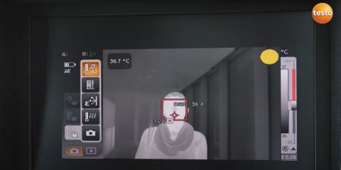 Cámara termográfica testo 890 para la detección de fiebre