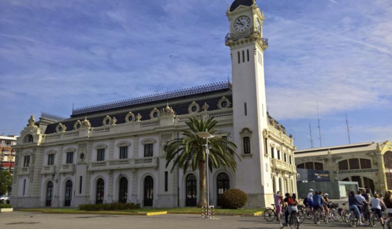 Edificio de la la Autoridad Portuaria de Valencia