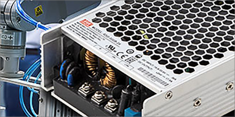 Convertidores CC/CC de 500 W distribuidos por Electrónica OLFER para aplicaciones de gran tamaño