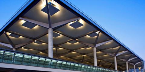 Aena licita el suministro 100% de origen renovable para todos los aeropuertos de la red