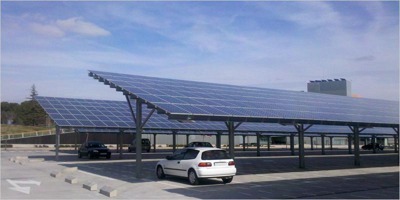 aparcamiento con instalación fotovoltaica