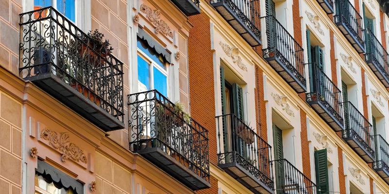 El Ayuntamiento de Madrid abrirá en octubre una oficina verde para informar sobre los beneficios de la rehabilitación energética en edificios y viviendas de la capital.
