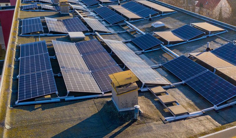 El Ayuntamiento de Puerto del Rosario, en Las Palmas, ha convocado dos líneas de ayudas para que empresas y viviendas del municipio puedan solicitar ayudas a instalaciones fotovoltaicas.