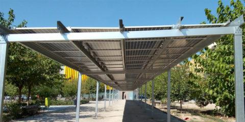 Puesta en marcha de ocho pérgolas fotovoltaicas en barrios y pedanías de Valencia