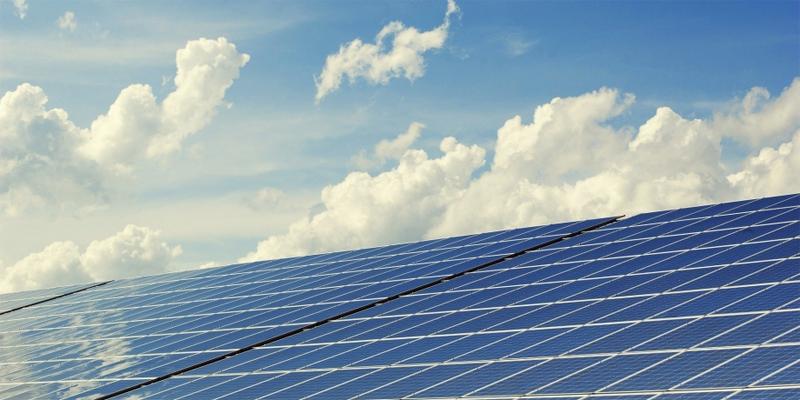 El Gobierno de Aragón convoca ayudas para financiar instalaciones de energía solar térmica y fotovoltaica de baja potencia.
