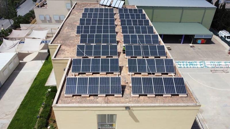 El autoconsumo ahorrará cerca de 15.000 euros al año de la factura de la luz en tres institutos de Mallorca