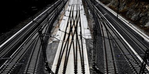 Ahorro energético y reducción de emisiones con la recuperación de la energía del frenado regenerativo de los trenes