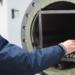 Materiales que triplican la capacidad de almacenamiento energético de acumuladores térmicos industriales